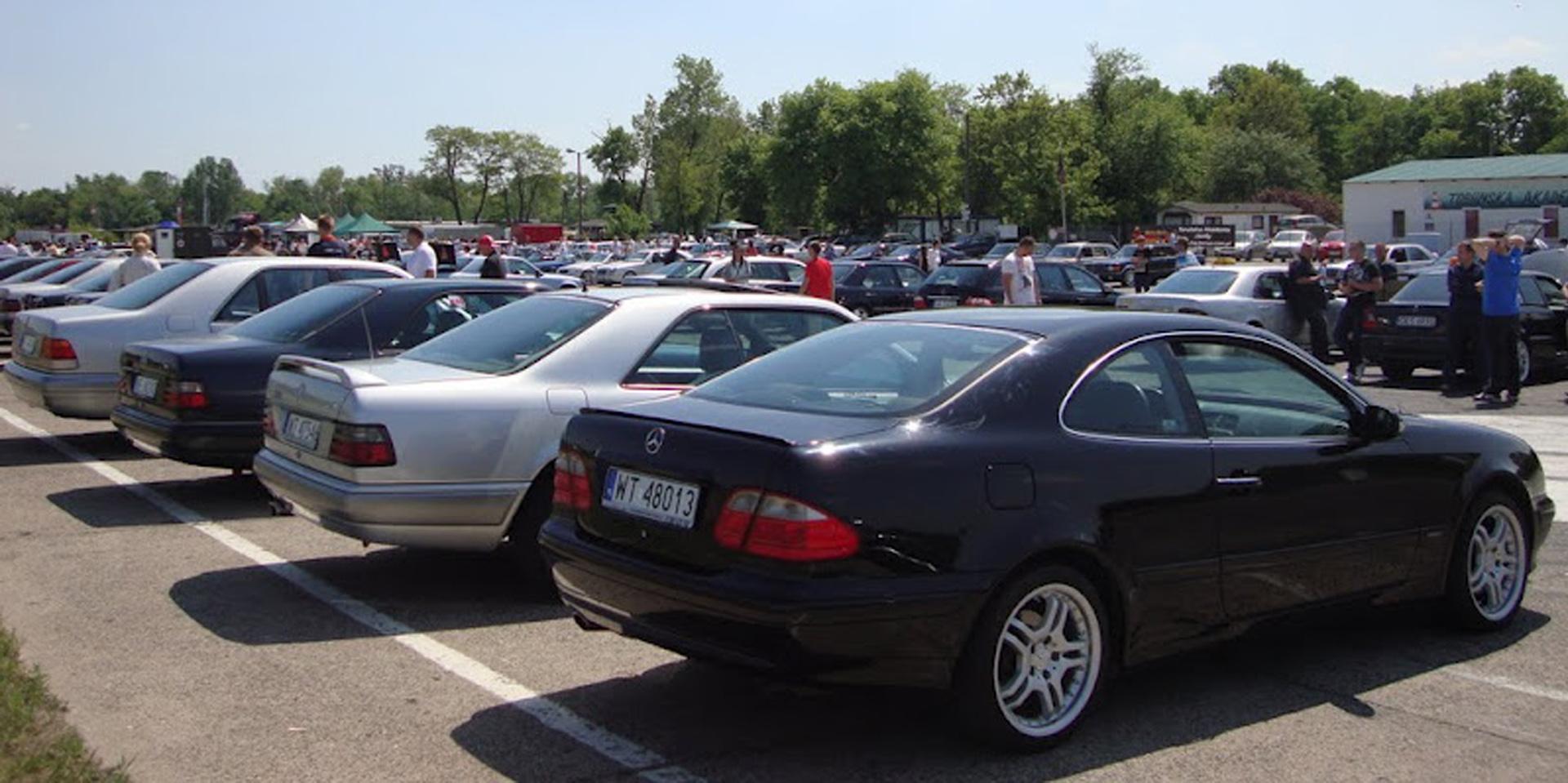 Setki pojazdów, kilkanaście stref wystawowych